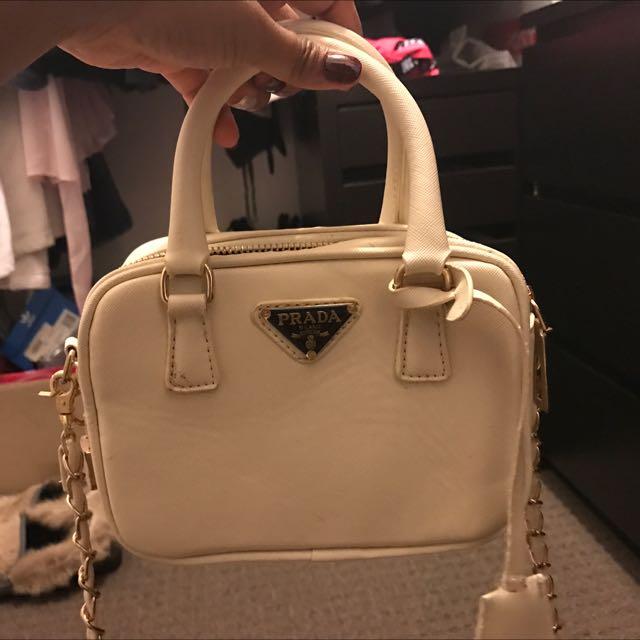 Fake Prada Crossbody / Hand Bag