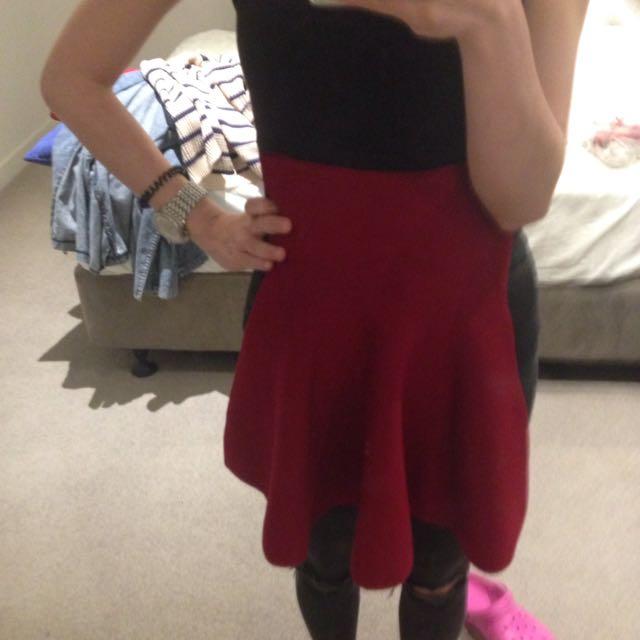 Flexible Fine Knit Red Mini Skirt