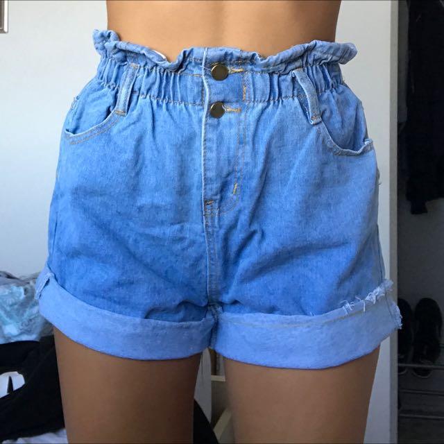 Light Denim Elastic Shorts