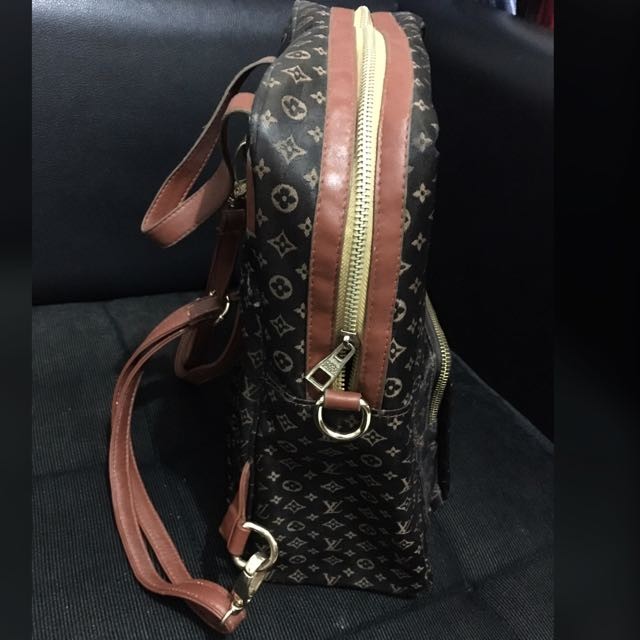 LV 2in1 (backpack & Cross body) Not Ori