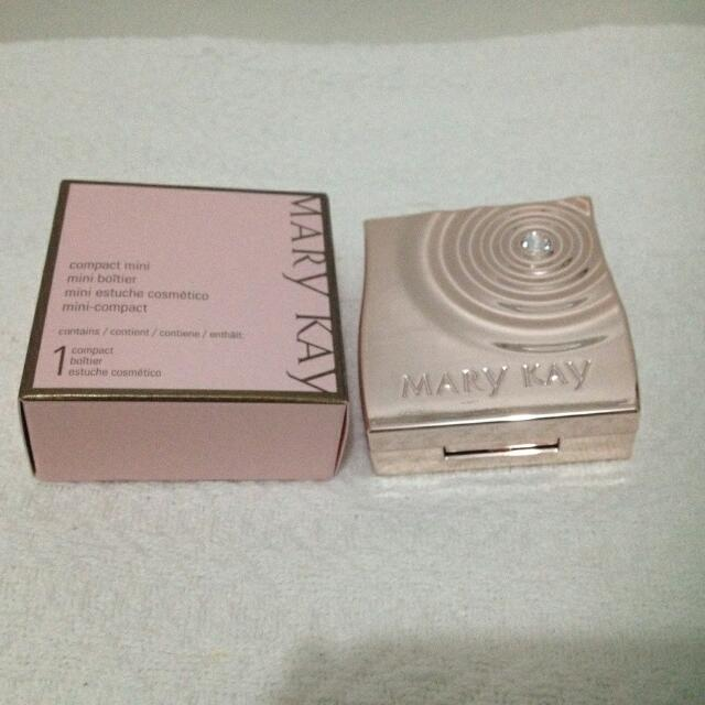 Mary Kay Limited Edition Mini Compact
