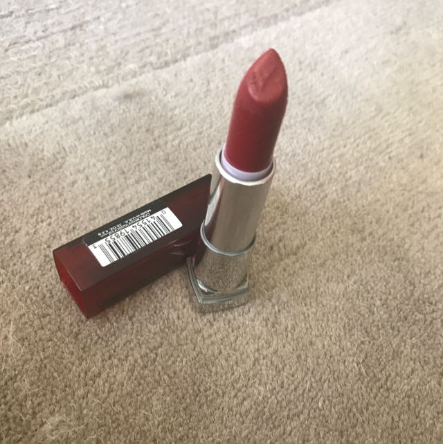 Maybelline Coloursensational in Red Revival