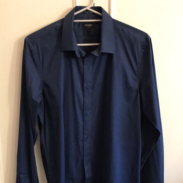 Men's Shirt. Large.