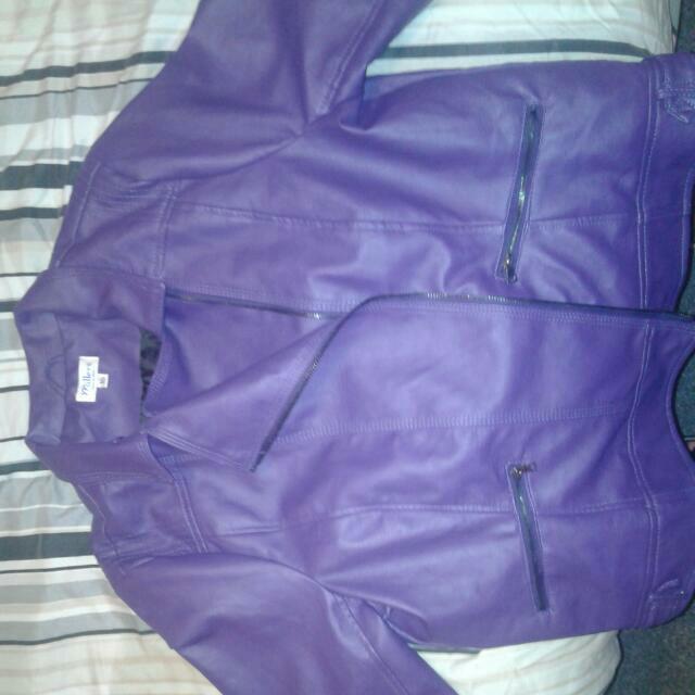 Miller's Ladys Leather Jacket.. Purple. Size 16..