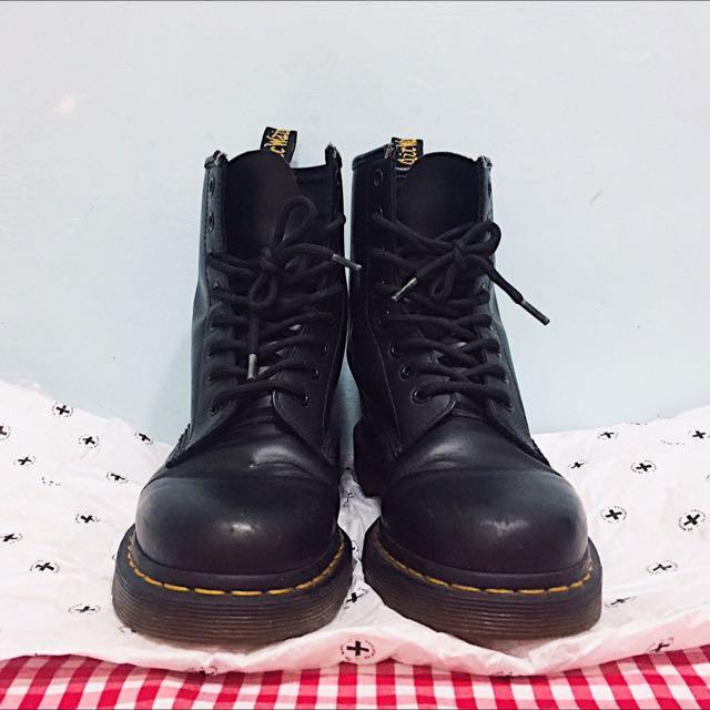 ✨正版✨Mr.martens 8孔靴子