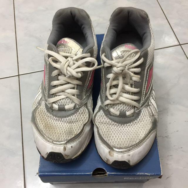 reebok shoes ori size 39