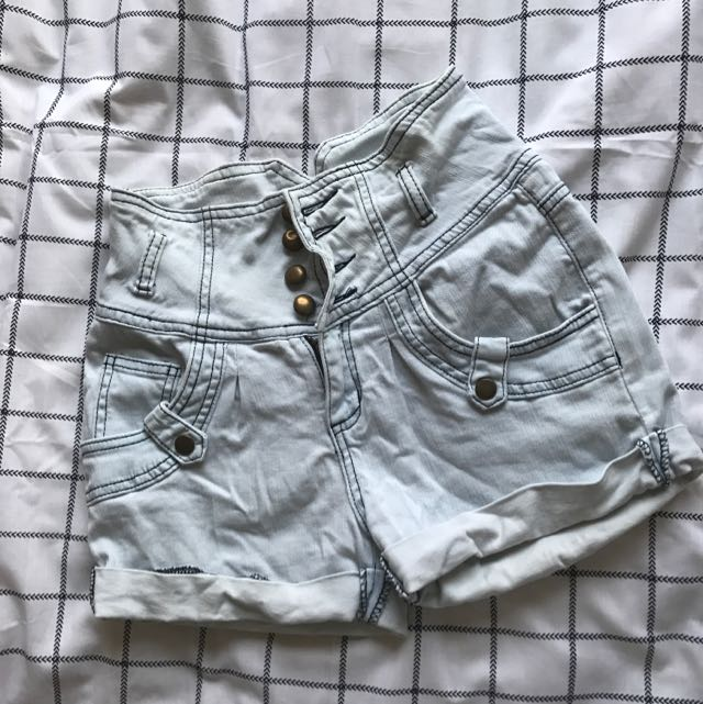 Size 6 High wasted Valleygirl Shorts