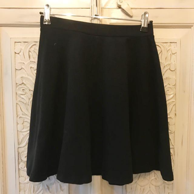 Top shop Black High waisted Skirt!