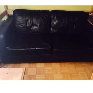 Queen-Size Leather Sofa Bed (Black)