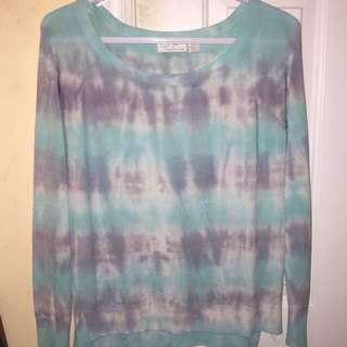 Woman's Tie Dye scoop neck shirt