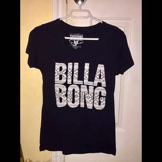 Woman's black Billabong t-shirt