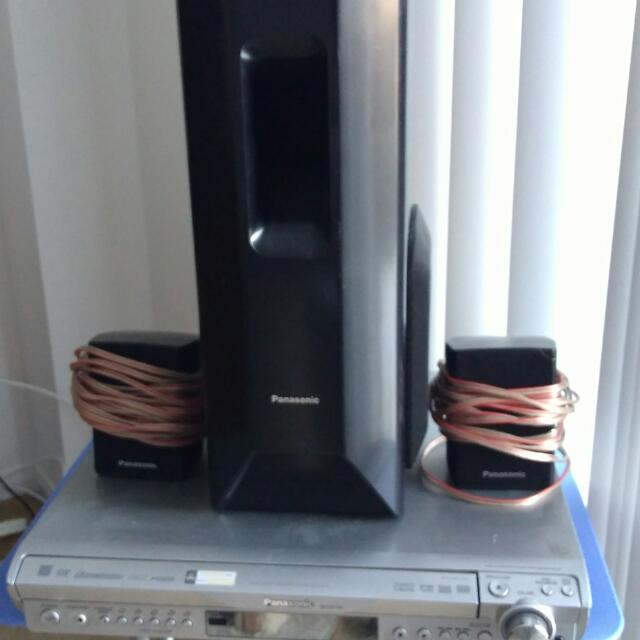 1000 Watt 5 Disk Changer Home Theatre System
