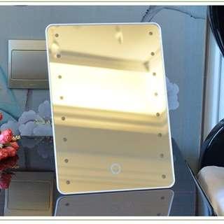 現貨 Led 燈化妝鏡 帶燈鏡子 補光