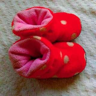 紅白點點baby鞋