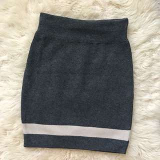 Knitted Grey White Stripe Mini Skirt