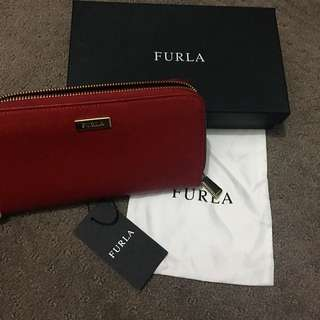 Furla Classic XL Zip Around Wallet