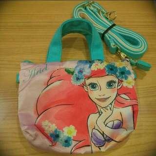 🚚 東京迪士尼 小美人魚 觸控式小包