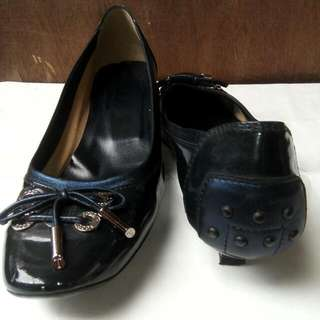 Authentic Tod's Low Heel shoes