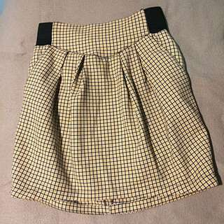 Black Yellow Check Pleated Skirt