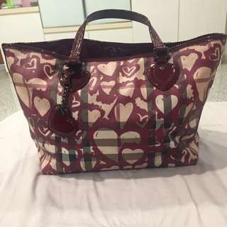 Authentic Tas Burberry Heart