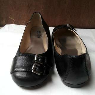 Authentic Michael Kors flat shoes