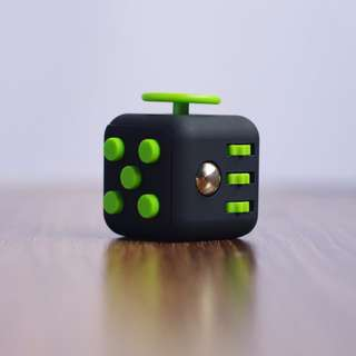 Fidget Cube Stress Relief Toy Adults Children 6+ Focus For ADHD AUTISM Anxiety - BLACK WITH GREEN