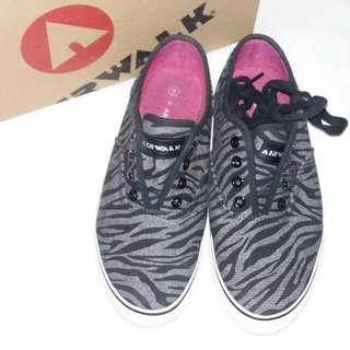 Air Walk Shoes