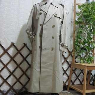 日本二手衣物主婦啥都賣 DAKS風衣外套 日本製