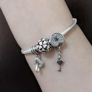 Pandora Simple Love Bracelet