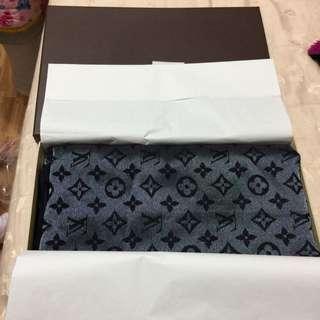 (已售出)真品LV大披巾