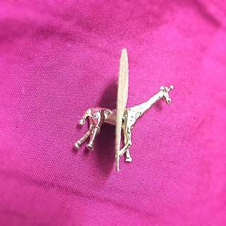 🚚 全新✨動物園系列🦄長頸鹿立體耳環👂🏻