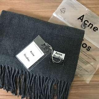 寒流必備!超保暖!Acne仿羊絨黑色藍色灰色圍巾