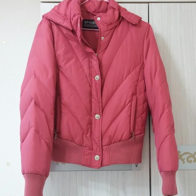 桃紅色專櫃羽絨衣