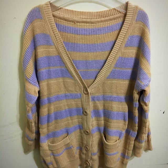 薰衣草紫線條針織衫 👍