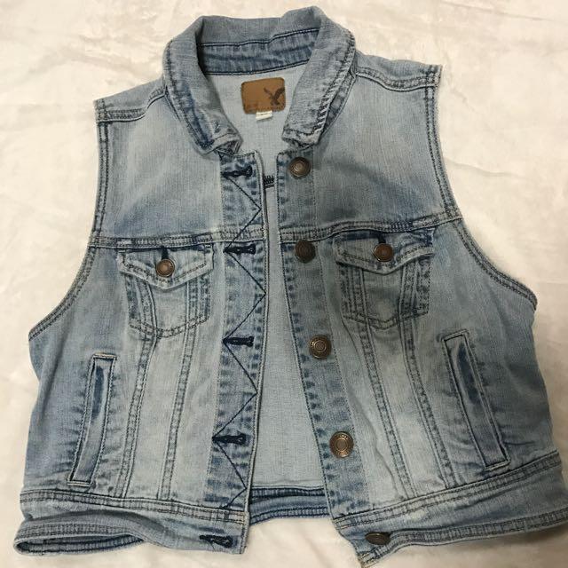 American Eagle Jean Vest