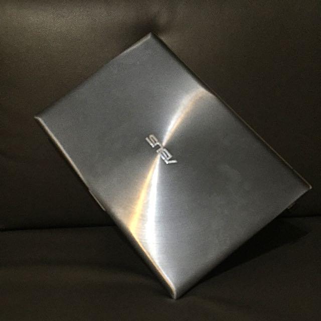 ASUS UItrabook I5 鐵灰銀色 文書 輕巧 薄