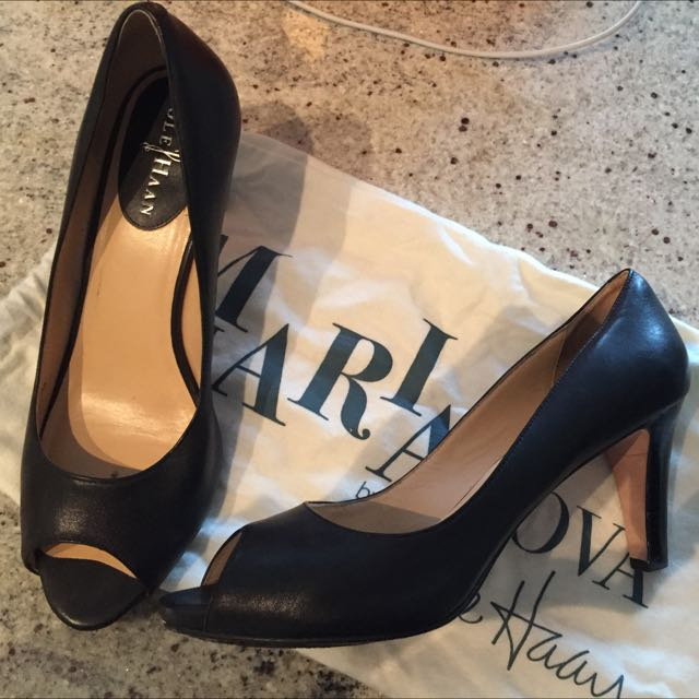 Black Cole haan Leather Heels Size 7.5