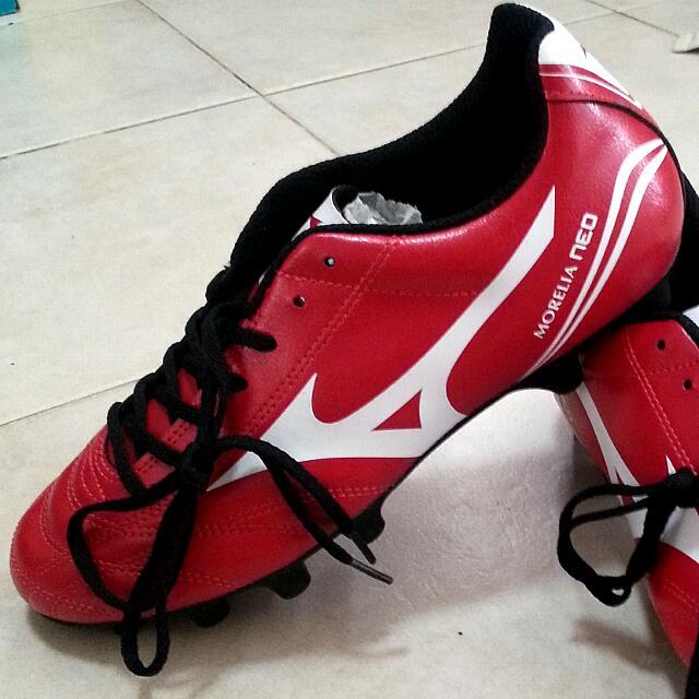 BNIB Mizuno Morelia Neo CL MD Soccer Boots