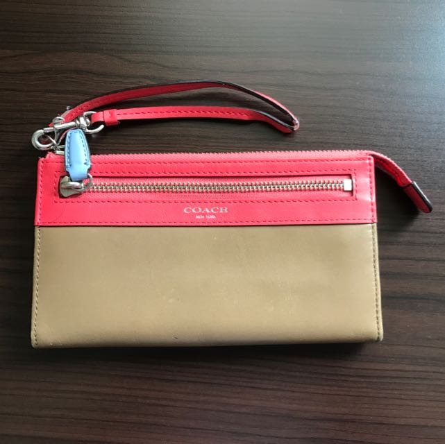 COACH WRISTLET TRI-COLOR