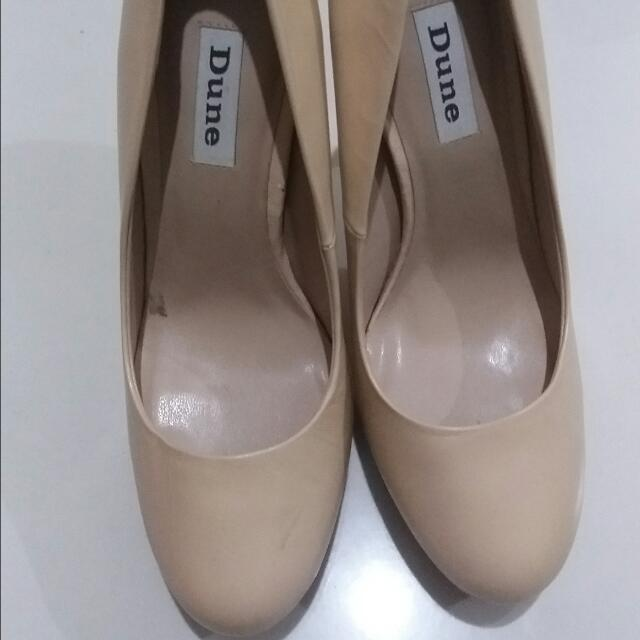 Dune Nude Leather Pumps