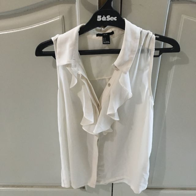 F21 White Ruffled