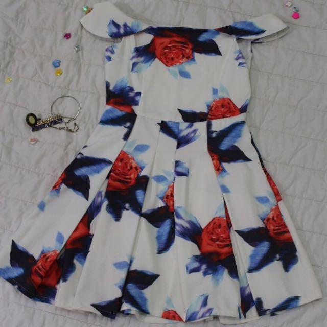 Flower Dress Sabrina