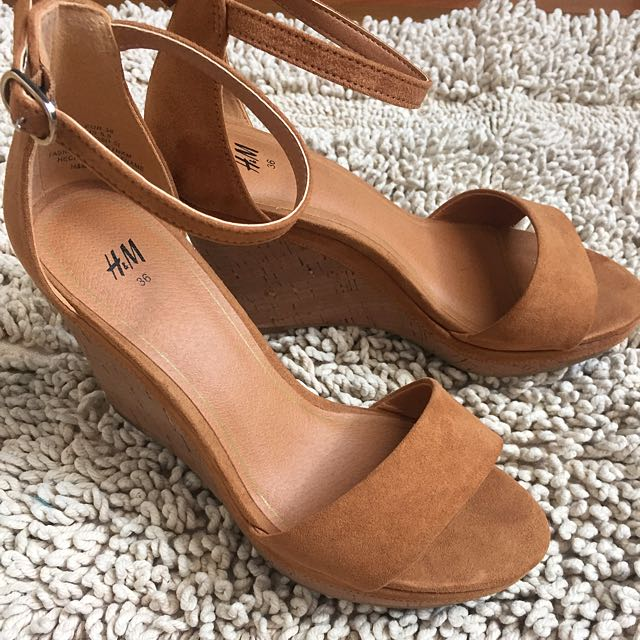 HnM Wedges Size 36