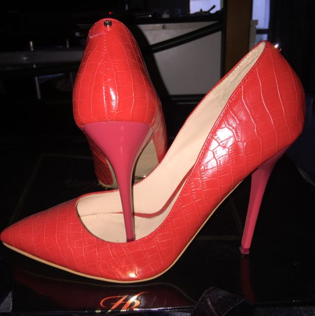 Kardashian Kollection Heels Size 9