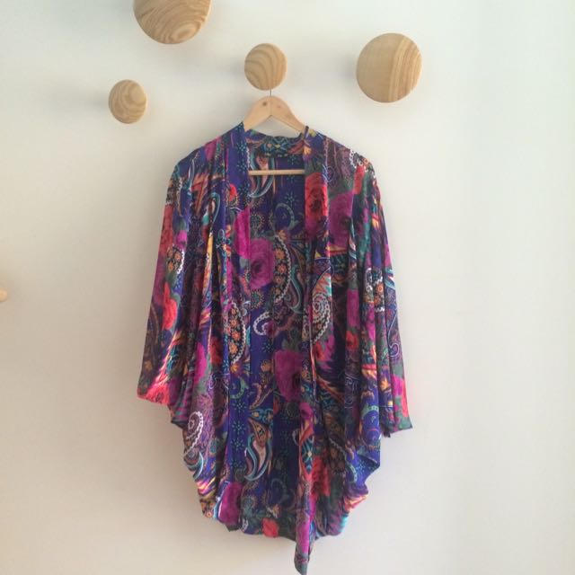 Kimono (Sportsgirl)