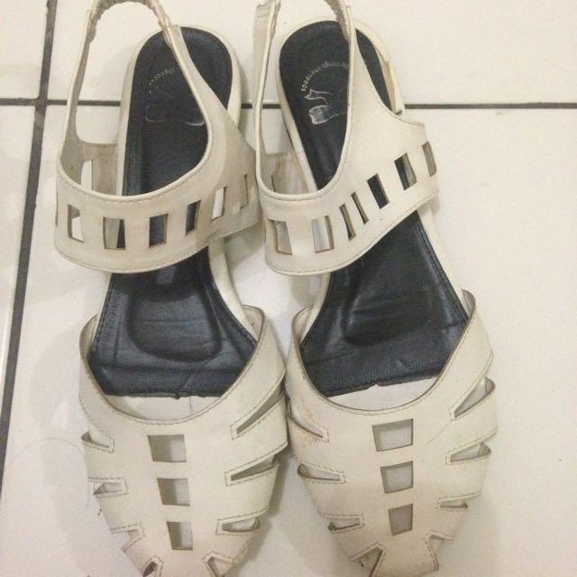 Little Things She Loved Flat sandal