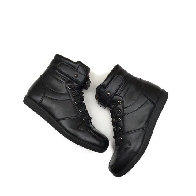 (NEW) Juice Ematic Black Shoes