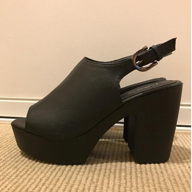 Peep-toe Black Heels