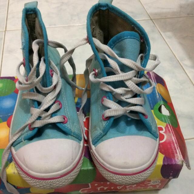 Sepatu High Sneaker For Girl Size 11 Setara 31-32