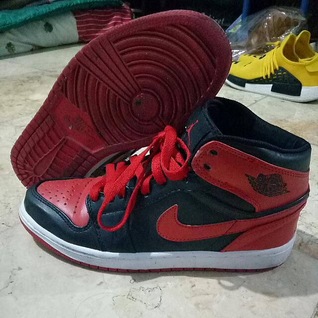 info for 835c4 40742 Sepatu Nike Air Jordan Retro 1 Bred Original (rejected) seri jump man,  Mens Fashion, Mens Footwear on Carousell